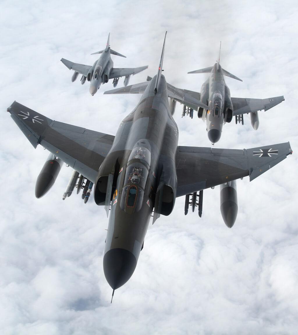 Egy másik nagy kedvenc: a Luftwaffe különleges festésű Phantom-ja